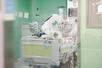 코로나병동 전공의들, 환자 처치·수련 '악영향'