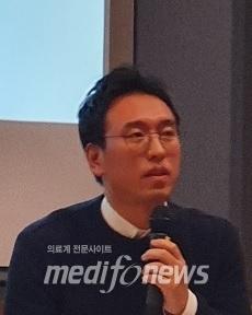 송영진 서기관